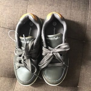 American Eagle Boys Shoes Sz 12(Toddler)
